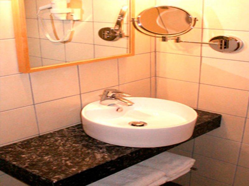 Despotiko apartment hotel & suites wc
