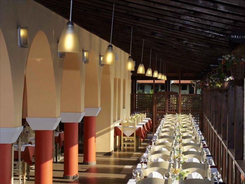 Blue Dolphin Hotel restoran