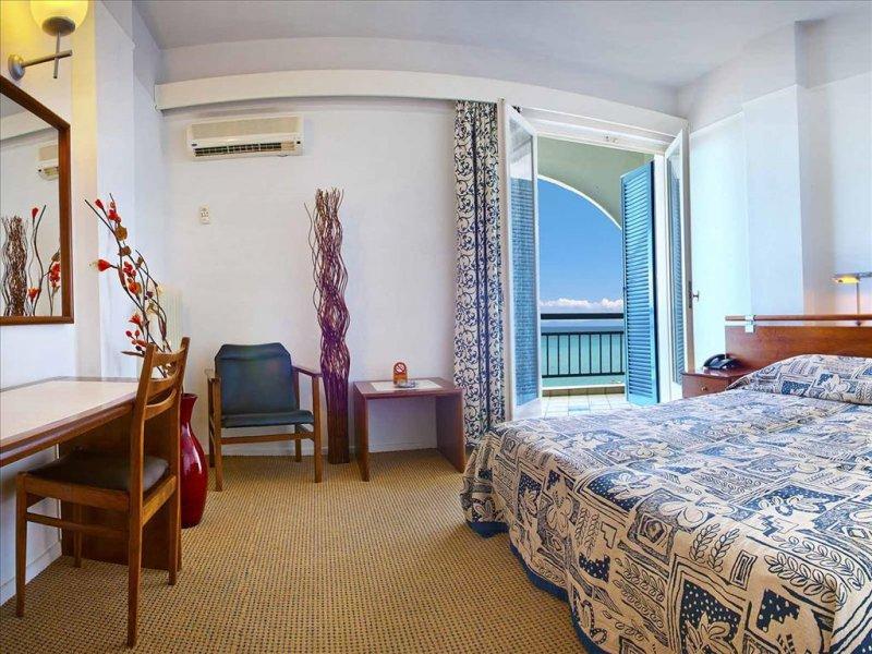 Ammon Zeus hotel soba