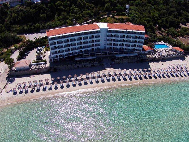 Ammon Zeus hotel spolja