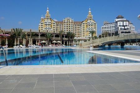 hotel-royal-holiday