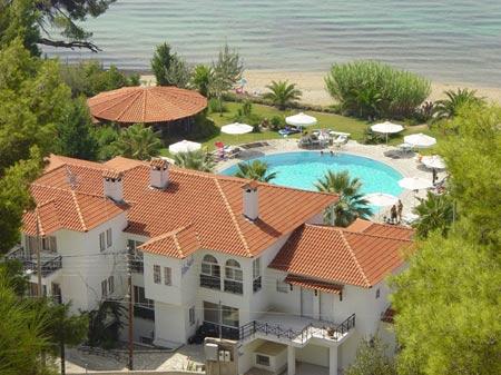 Sitonija leto 2018 -Lilly Ann Beach Hotel